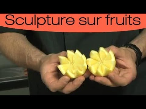 d coration culinaire d couper un fruit en dents de loup youtube. Black Bedroom Furniture Sets. Home Design Ideas