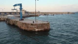 PLACE Bajamar y pleamar en el puerto de Candás