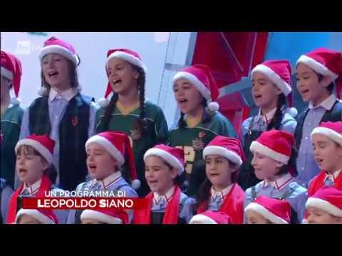 Canzoni Di Natale Zecchino D Oro.Piccolo Coro Mariele Ventre Dell Antoniano Bianco Natale Un Natale D Oro Zecchino 14 12 2018