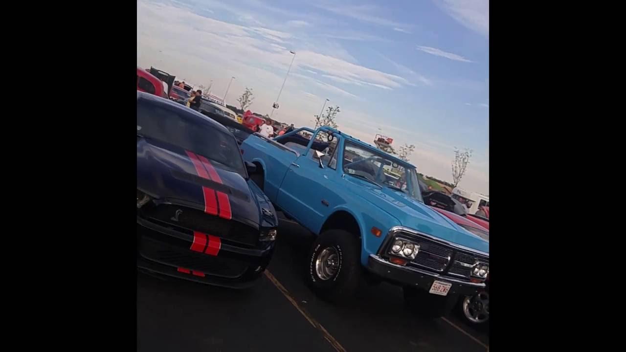 Mass Cruisers Car Show 2016 - YouTube