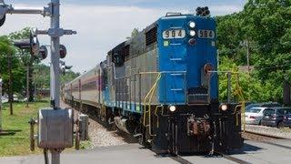 HD MBTA Work Engine Pulls a Dead Train