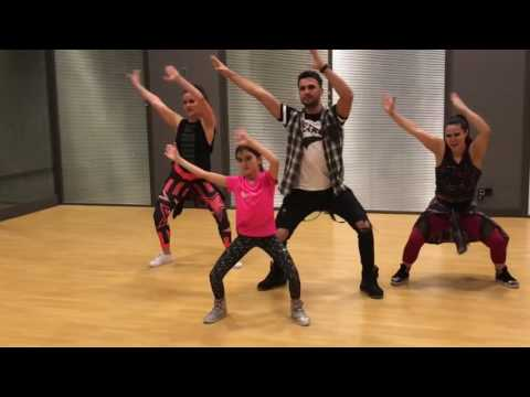 Omur ABAY /DESPACITO - Luis Fonsi ft. Daddy Yankee - Easy Zumba Fitness choreog dance/David Ponce