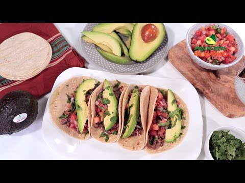 How to Make Beef Brisket Tacos In Your Slow Cooker | Muy Bueno