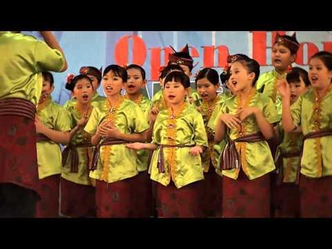 IPH East Choir - Surabaya (Rek Ayo Rek)