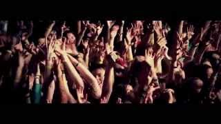 Three Days Grace – Riot (Live at Tele Club in Ekaterinburg, Russia)