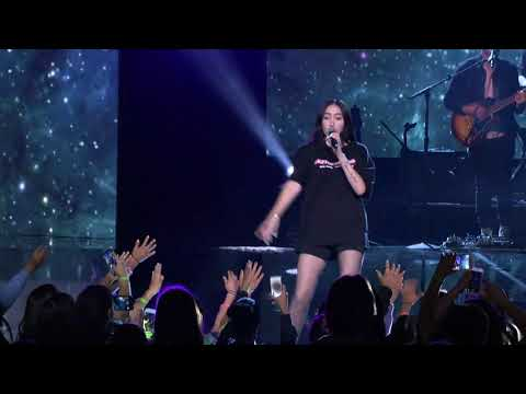 Noah Cyrus - 'Make Me (Cry)' (Live from WE Day Seattle)