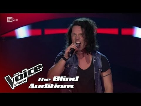 "Mirko Carnevali ""Smells like teen Spirit"" - Blind Auditions - The Voice of Italy 2018"
