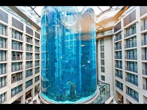 largest aquarium in the