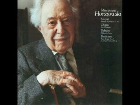 Mieczyslaw Horszowski  plays Debussy Children's Corner