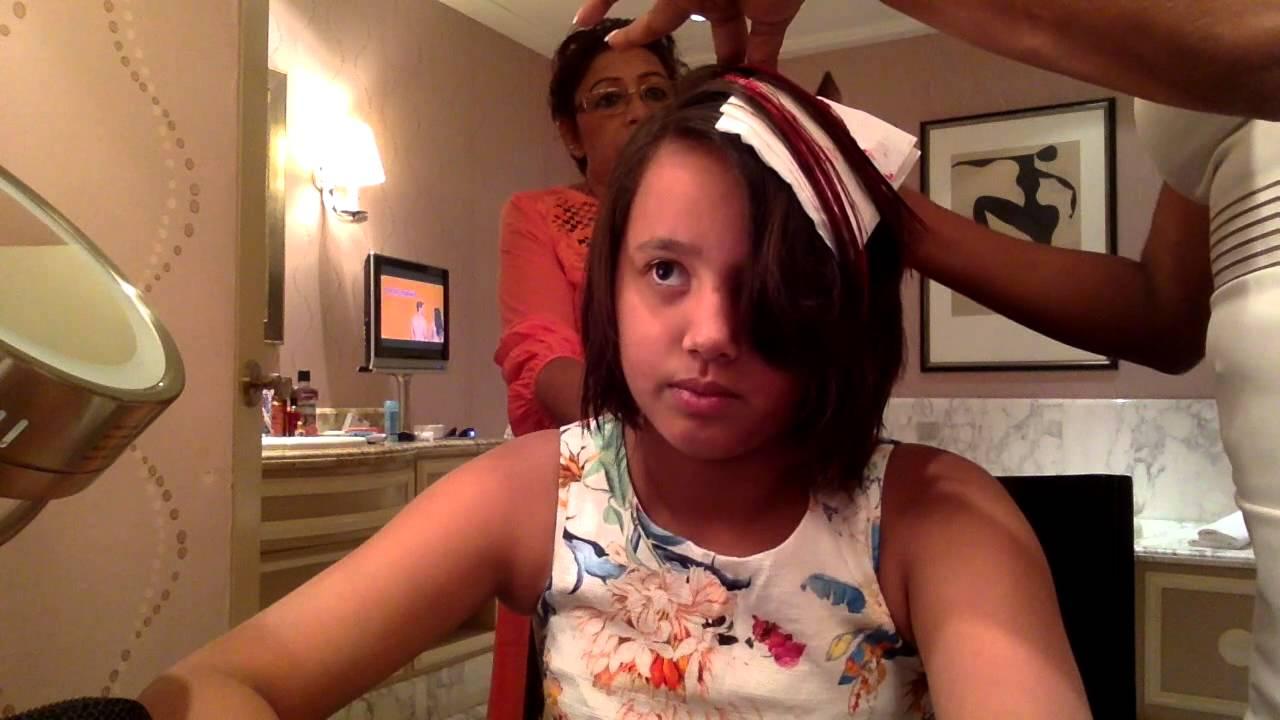 How to apply temporary hair dye