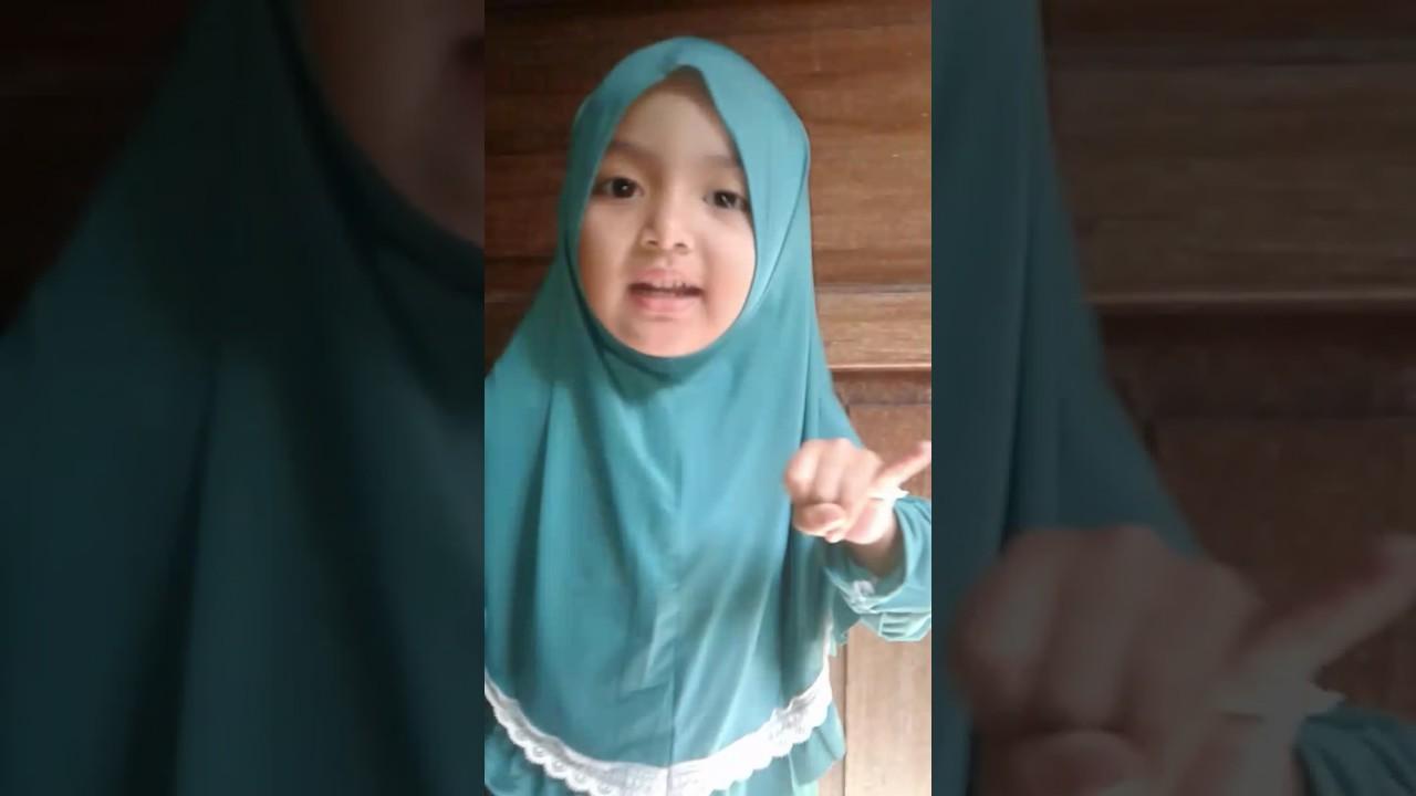 Anak Kecil Nada Khalisa Membaca Surat Pendek Al Ma Un Youtube