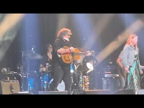 A Shot in the Arm - Wilco with Sleater Kinney at Forest Hills Stadium 8/21/21