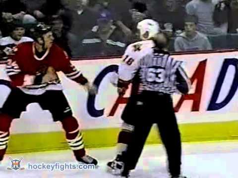Jason Strudwick vs Craig Berube Nov 23, 2002