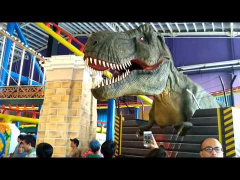 Transmart Bintaro Graha Raya Roller Coaster dan Dinosaurus