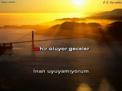 [Turkish Karaoke] Ebru yasar - Zehir oluyor