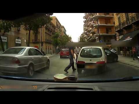 Arresto in diretta !!! Palermo via Roma.