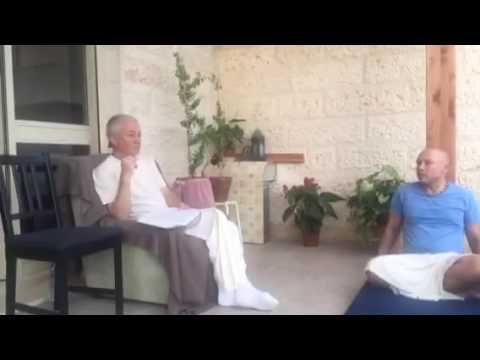Чайтанья Чаритамрита Мадхья 19.149 - Чайтанья Чандра Чаран прабху