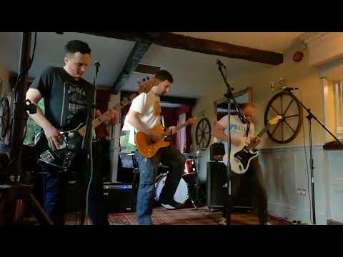 Set Your Sights 'Facade' live in Birtley