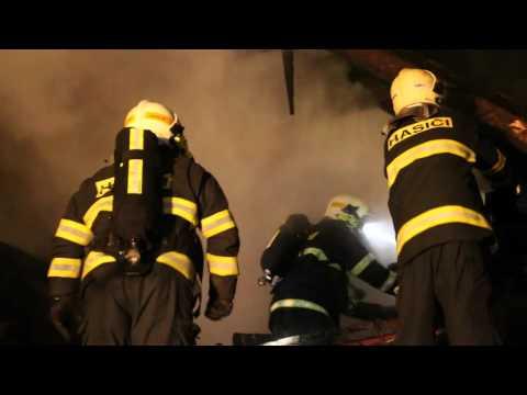 Požár střechy hospodářské budovy Šternberk, Světlov