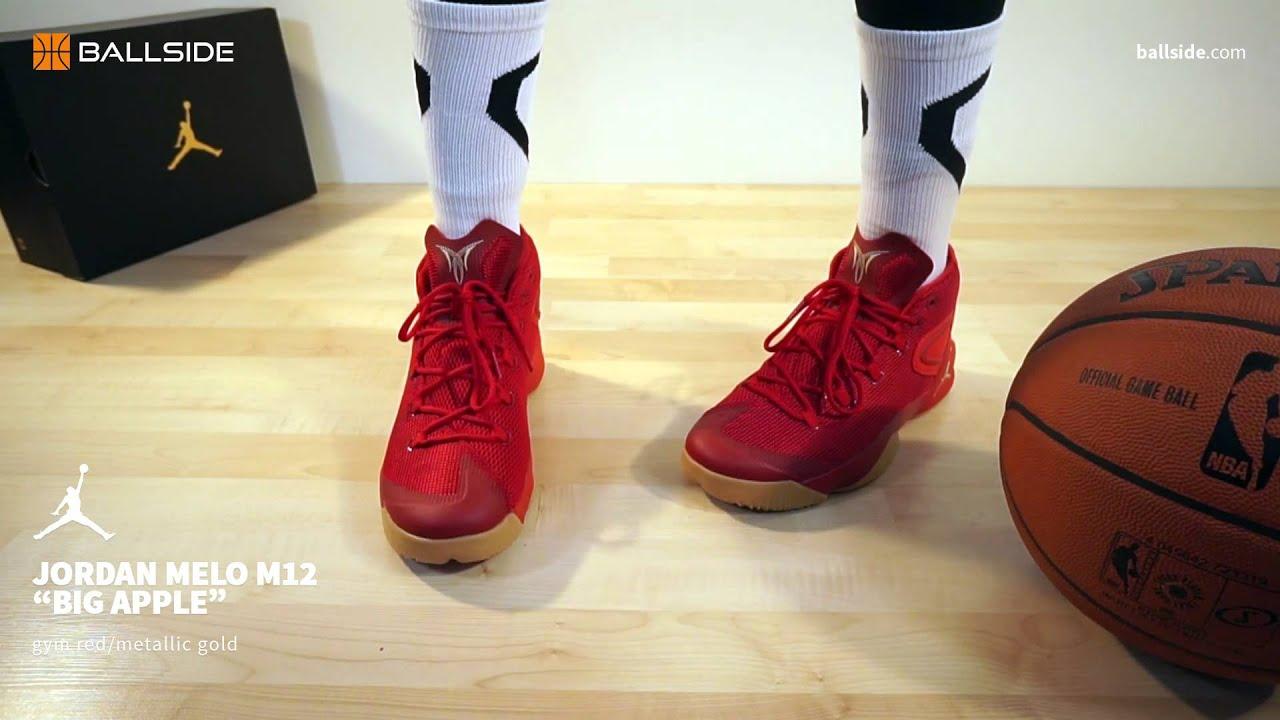 Melo Nike Air Jordan 12 Sur Les Pieds