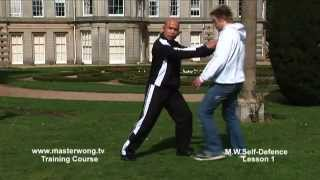 Self-defence Lesson 1:Beginning-Learning distance control