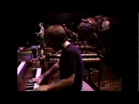 The Grateful Dead - Throwing Stones) Not Fade Away -  12-31-1985 - Oakland Colisum