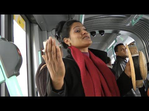 Genève, dans le tram 15