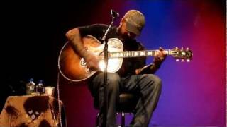 """Aaron Lewis """"What Hurts the Most"""" Bloomington, IL"""