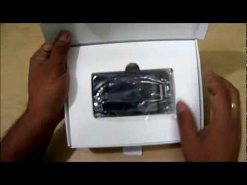 Samsung Galaxy Y Duos video review: Unboxing