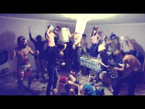 Видео голые танцы они же -