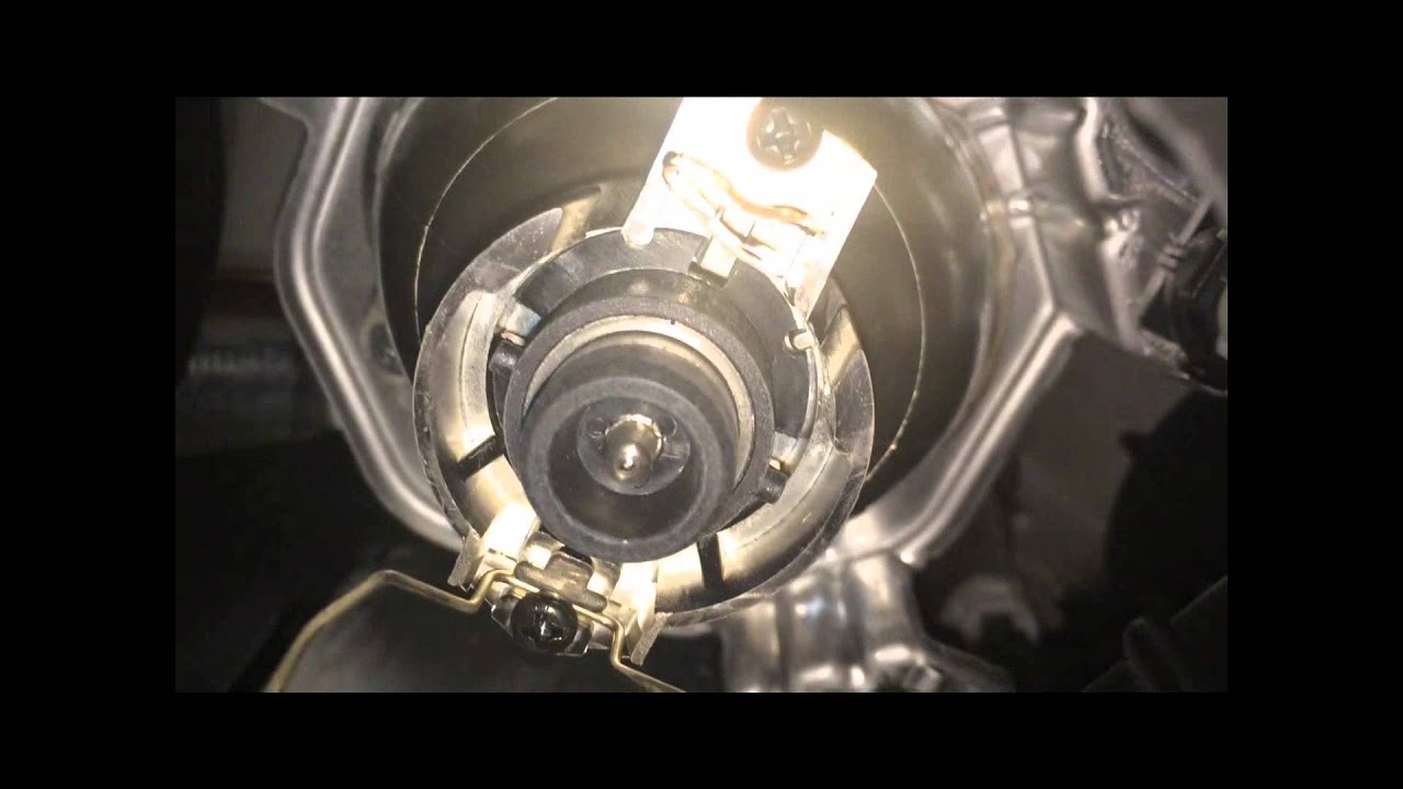 2004 Lexus Rx330 D2s Hid Headlight Bulb Replacement Youtube