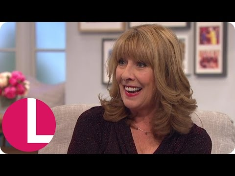 Downton Abbey's Phyllis Logan Is A Lady In Red | Lorraine