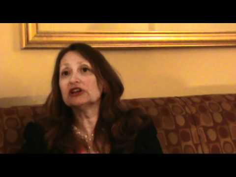 Astrologer Lynn Bell on the Cardinal T-Square of 2...