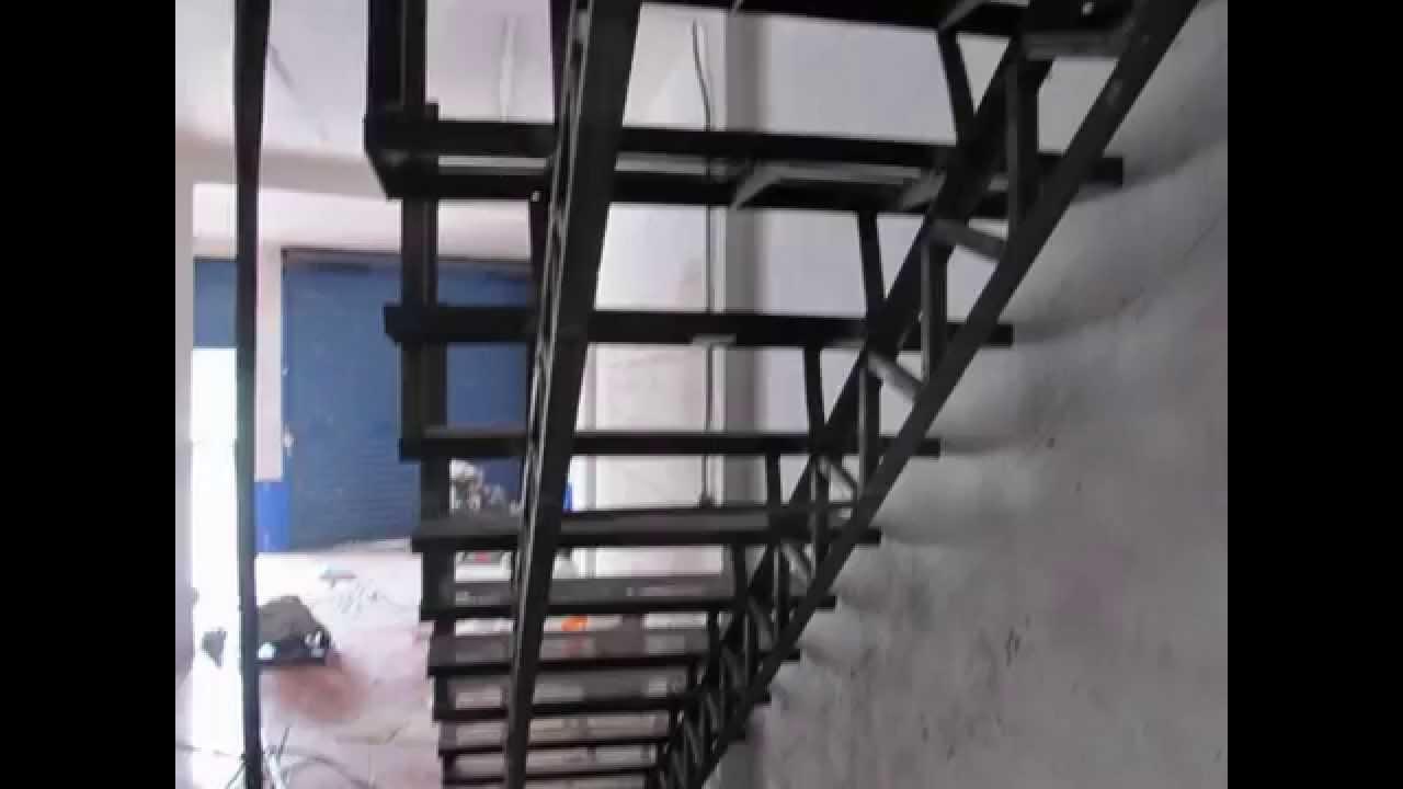Escaleras metalicas youtube for Escaleras retractiles