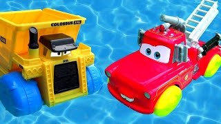 Disney Cars Rescue Squad Mater Hydro Wheels vs. Colossus Dump Truck Hydro Wheels Pool Bathtub Toys