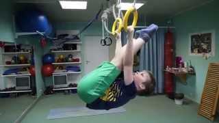 Упражнения на кольцах и перекладине для развития мышц брюшного пресса.(http://www.lgym.ru/ Лечебно - оздоровительная гимнастика для детей. Упражнения на кольцах и перекладине для развити..., 2014-05-15T08:15:56.000Z)
