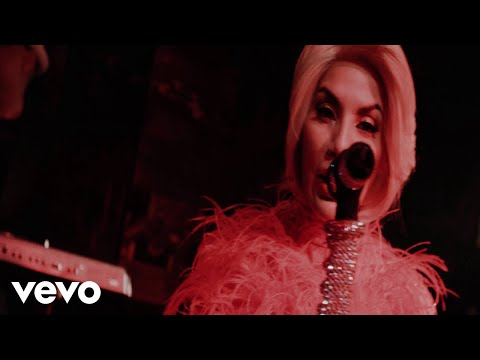 Ivy Queen - Inside Vendetta