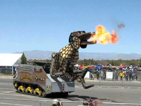 Monster Jam Las Vegas >> Robot Dinosaur In Las Vegas,Nevada - YouTube