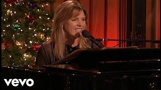 Watch Diana Krall Jingle Bells video