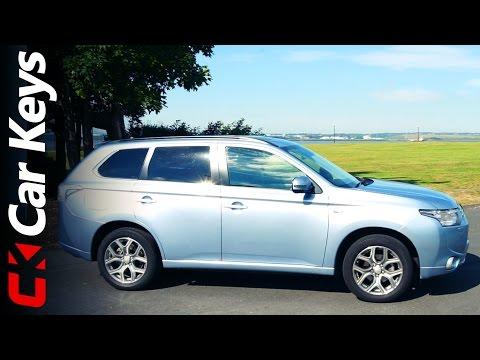 Mitsubishi Outlander PHEV 2015 review - Car Keys