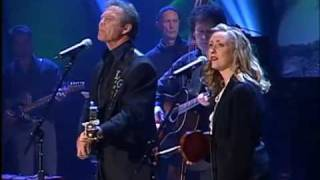 Laura Cash & Larry Gatlin sing Diamonds In The Rough