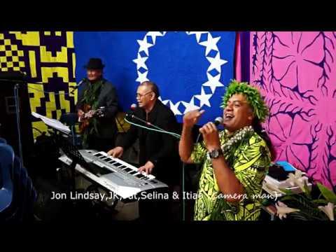 Jon Lindsay,JK,Pat ,Selina & Iti  Jaming  with the Coco s