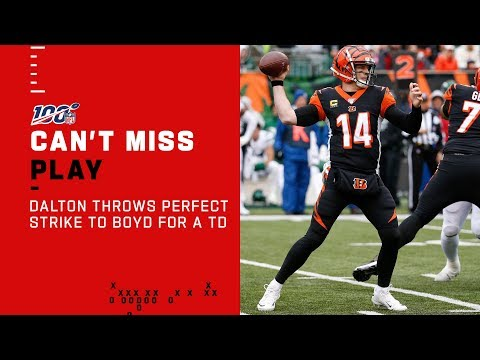 Andy Dalton Throws a Perfect Strike to Tyler Boyd!