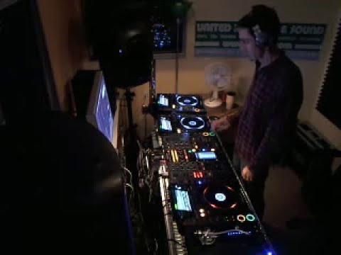DJ David X -  Old-School Jungle / Hardcore Techno Mix Live @ United Records Nov. 22 2011