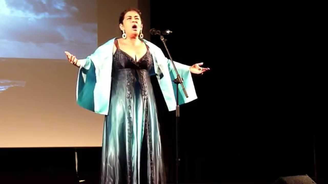 Norma casta diva bellini youtube - Norma casta diva bellini ...