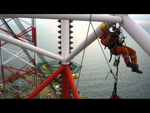DIRA-group IRATA rope access offshore industrie Maersk Resolute NDT offshore den helder.avi