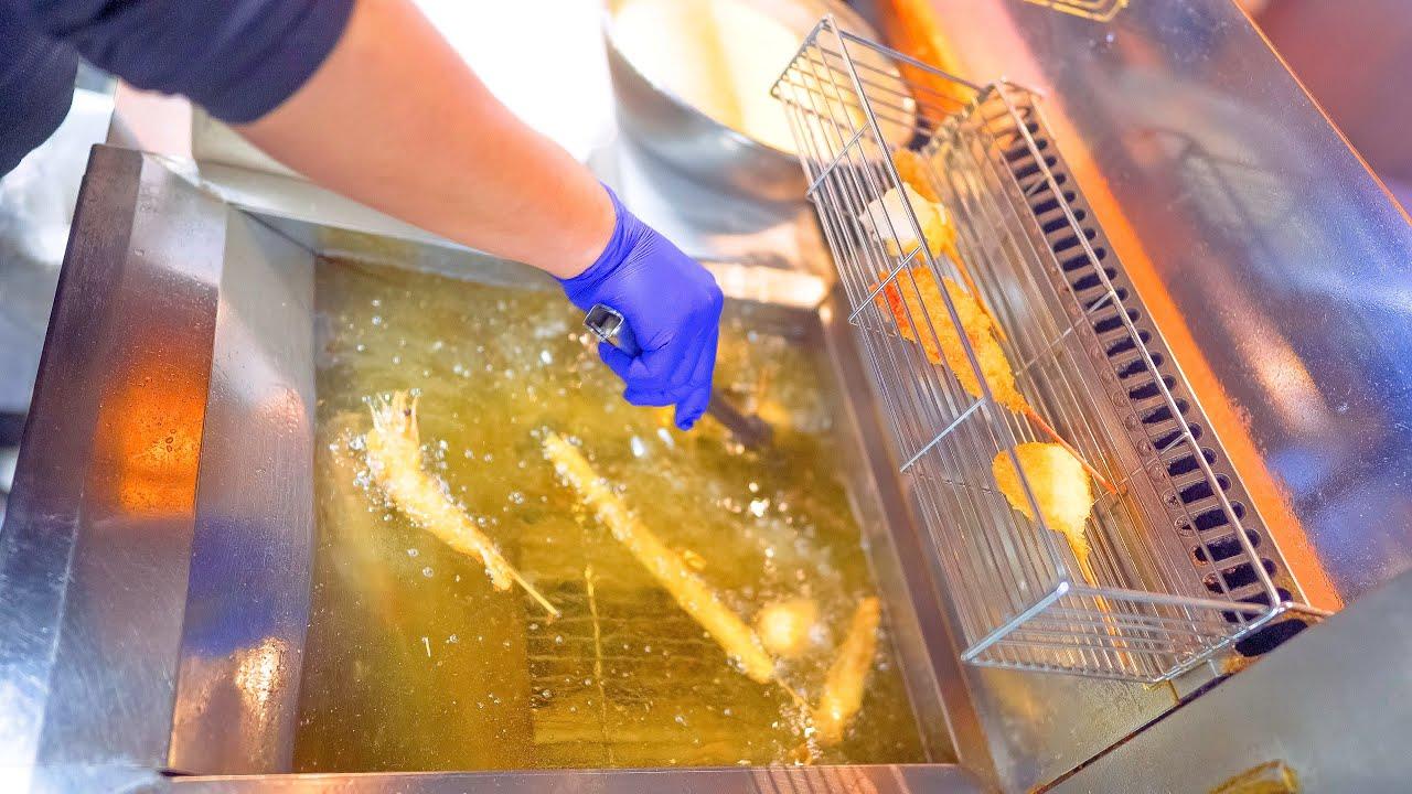 """元祖串カツ専門店の作り方!本場新世界いっとく?ASMR 日本 職人技 大阪 The Best """"KUSHIKATSU"""" (Japanese Deep-fried Skewers) in Japan!"""