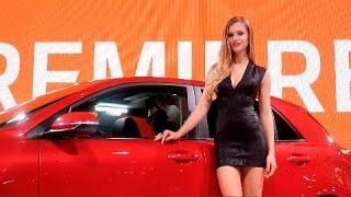 Les hôtesses du Mondial de l'automobile 2016