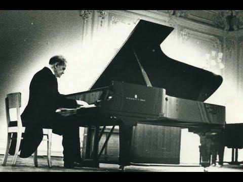 Vladimir Nielsen plays Schubert, Mozart, Chopin – live 1957