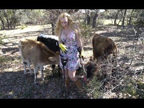 Diggin Britt & Friends Explorin' the Farm